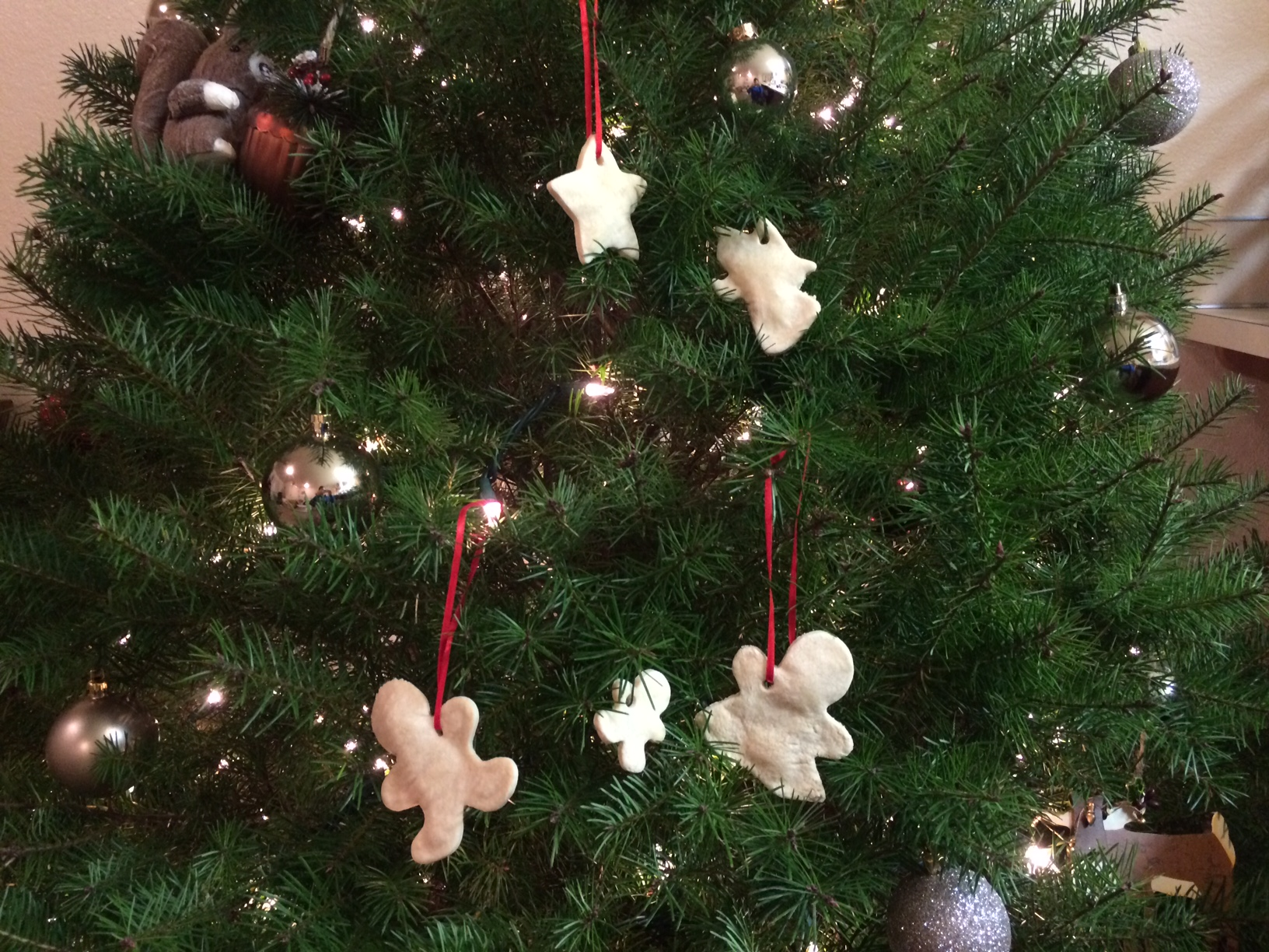 Salt_Dough_Christmas_Ornaments