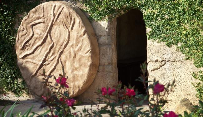 Easter-TombofJesusBigstock