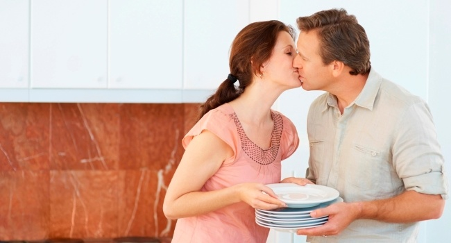 New_-_52_Ways_to_Connect_as_a_Couple_-_iStock_image